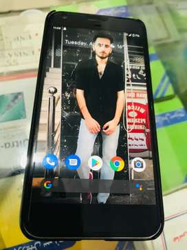 Google pixel XL Available with full box and original charger