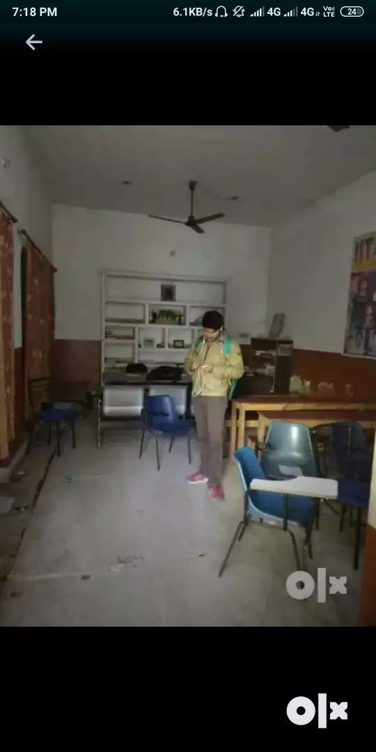 A hall for coaching classes, office, godawn purpose 0