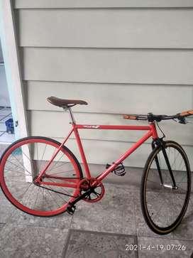Sepeda Fixie siap pakai,normal