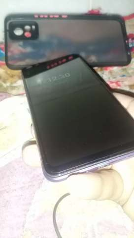 Vivo v20 only 4mnth use with acceries