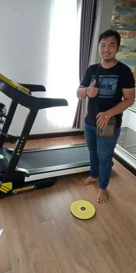 Gress new Treadmill elektrik 4 fungsi speed 16 km double shock