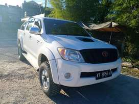 Toyota hilux type G 3.0 manual 4x4 th 2010