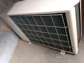 Lloyd ac with heavy cooling