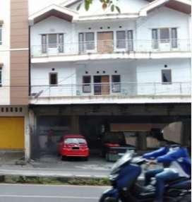 Rumah Makan dan Rumah Kos Kota Manado