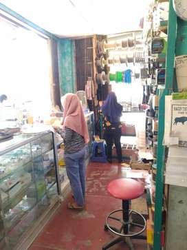 Dibutuhkan Karyawati untuk Toko Matrial di Semarang