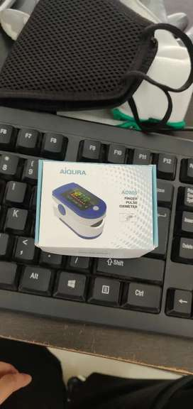 Oximeter with 6 months warranty