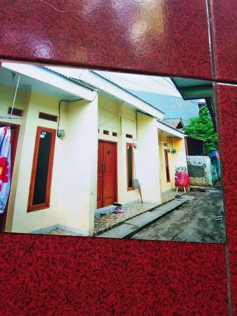 Di jual kontrakan 2 pintu luas 74 m2 (37×2) sertifikat bebas banjir 0