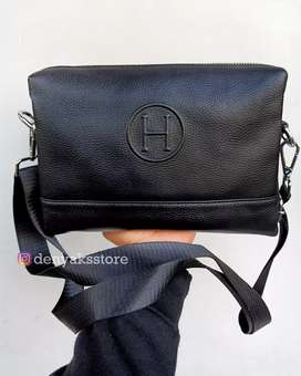 Tas Slingbag dan Handbag