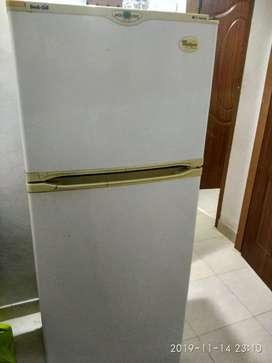 Double door 250liter fridge