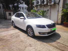 Skoda Octavia - Extremely Well Maintained -Top-End Model 2015