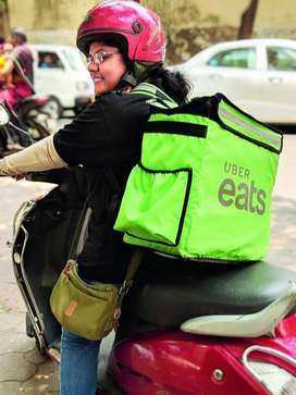 Uber Eats Food Delivery (Driving license chahiye))