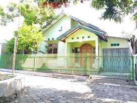 Lokasi strategis Rumah dekat Jl Raya Ngipik