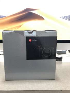 Leica T Typ(701) Mirrorless Professional Camera