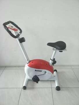 statis bike dengan monitor TL 8219