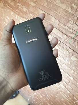Samsung Galaxy j7 pro 64gb brand new mint condition