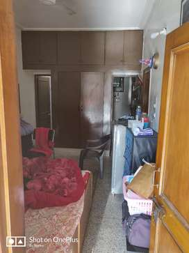 1 Room with Attached Kitchen and Washroom