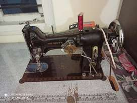 Zigzag Tailor Machine. Location HariNagar cross, Chunchgatta main road
