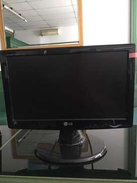 Monitor LG Flat E1600