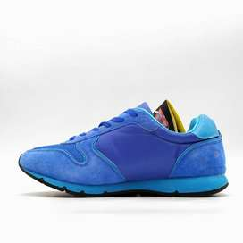 SNEAKER FOR SALE IN PAKISTAN AT INSHOUT