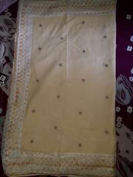 Cream cotton saree without blouse piece