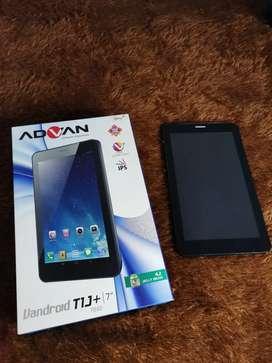 """Advan T1J+ (7"""")"""