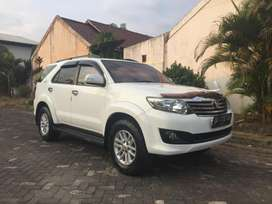 Toyota Fortuner Type V 4x4 A/T