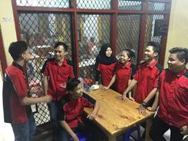 Untuk Wanita, Dicari Waiter Resto Daerah Jakarta Barat, Umur 17-21 Th