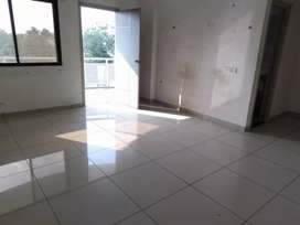 2 b h k flat for sale in vidhiyanagar road Anand