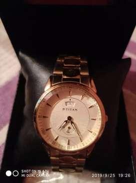 Lo price Titan wrist watch