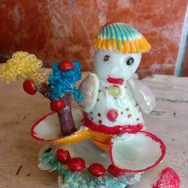 Kerajinan kerang bentuk boneka
