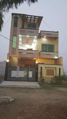 Double story House for sale in Shaheen willas str no 13.block C.