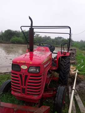 Mahendra Tractor for sell