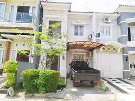 Disewakan rumah full furnis di komplek grand garden palembang