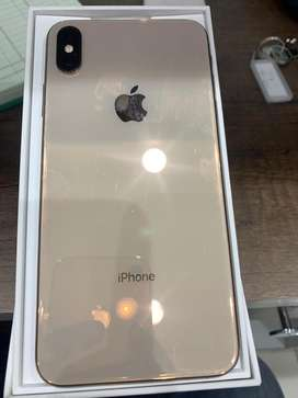 Iphone Xs Max 64gb gold scratchless with all accss bill and box