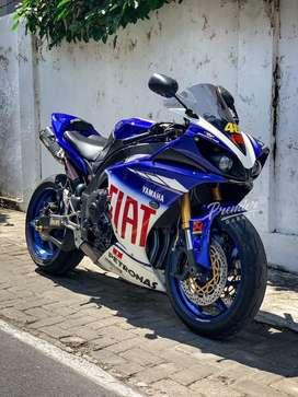 Moge Yamaha R1 Valentino Rossi Edition bisa TT CBR Zx6 gsx ducati