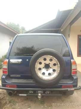 Escudo 2003 6,5 nego