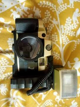 New & fresh condition camera dl2000a