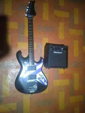 sell guitar with amply black star echo 10