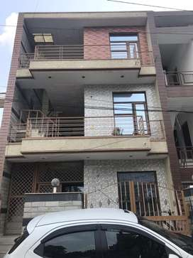 Independent 8 marla triple storey kothi in sector 40 chandigarh