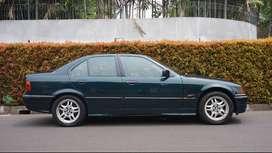 BMW 323i HIJAU METALIK 1996 MANUAL