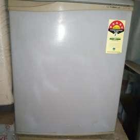 Videocon mini frige 52 liter