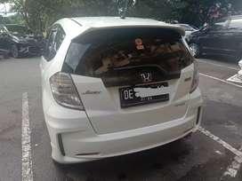 Jual cepat mobil Honda Jazz 2013