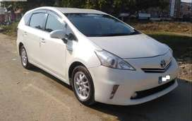 Toyota Prius S LED Edition 1.8 2014 on easy installment
