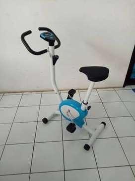Alat Gym Sepeda Statis TL8215 TL-8215