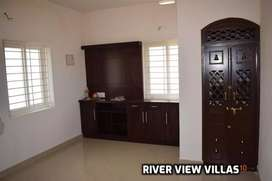 Near Mercy college 1550 sqft spacious river view  villa for sale