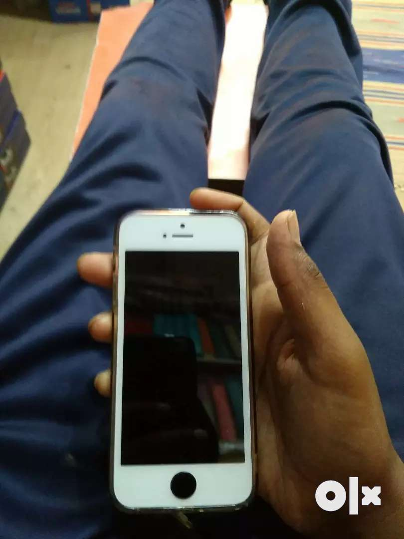Apple iPhone 5s for sale 0