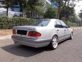 Mercedes Bens 1998