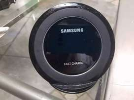 Samsung Universal Wireless Fast Charger
