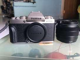 Kamera Mirrorless Fujifilm X-T100 kit dengan Lensa XC 15-45 f3.5-5.6