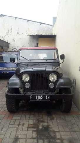 Jeep CJ7 solar asli Thn 81 di jual murah